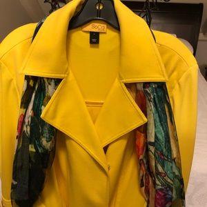 St. John SoCa yellow blazer size Large